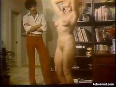 Sexy vintage amateur blonde hottie seduces big cock for some hardcore fun